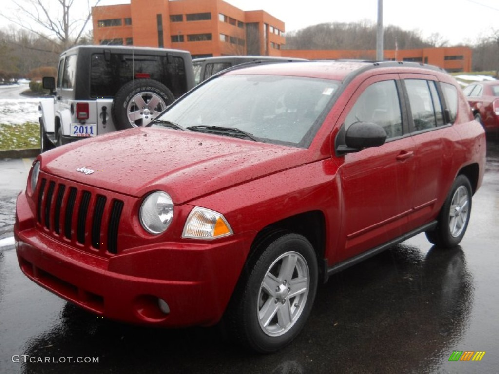 Inferno red crystal pearl jeep compass