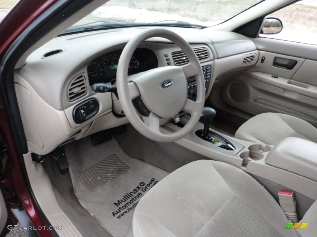 Medium dark flint grey interior 2006 ford taurus se photo for Dark grey interior