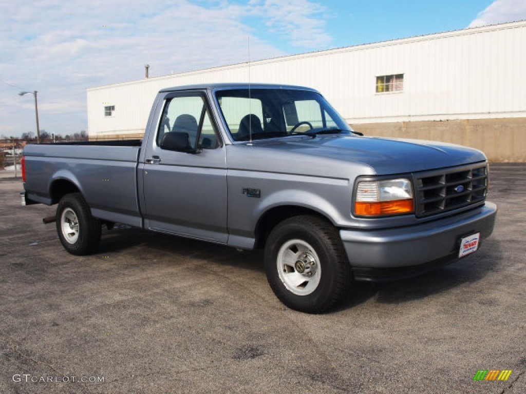 1993 Ford F150 Lightning Light Opal Metallic 1995 Ford F150 XL Regular Cab Exterior ...