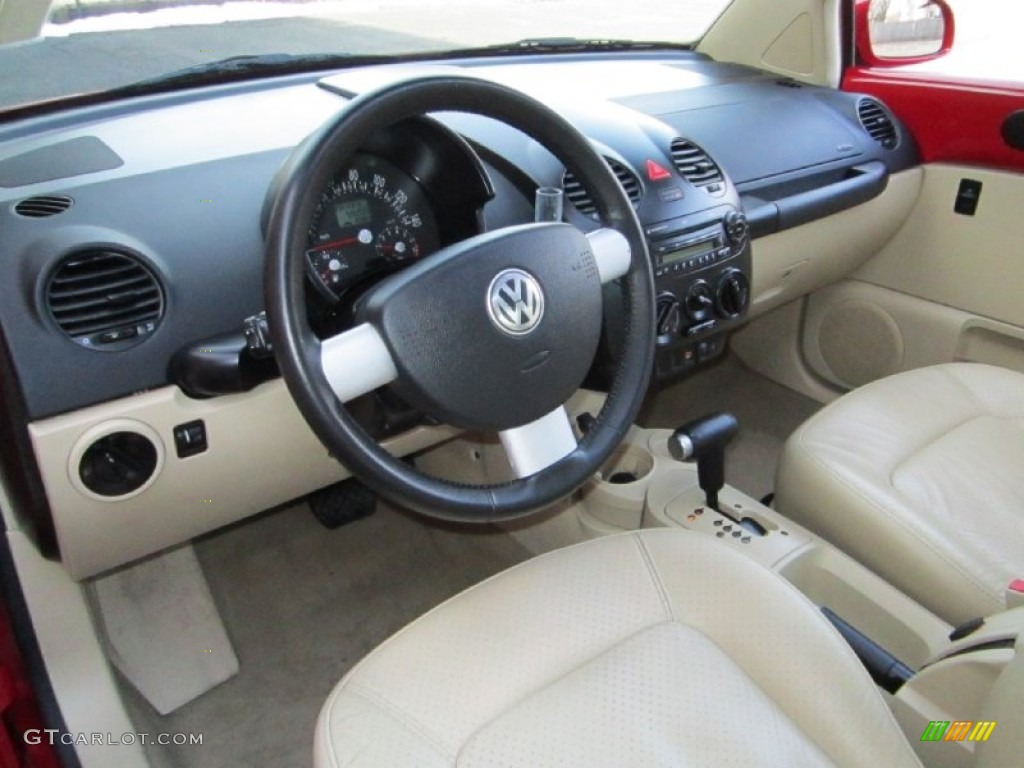 cream beige interior 2005 volkswagen new beetle gls coupe. Black Bedroom Furniture Sets. Home Design Ideas