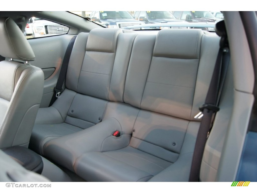 2006 Ford Mustang V6 Premium Coupe Rear Seat Photo #60150552