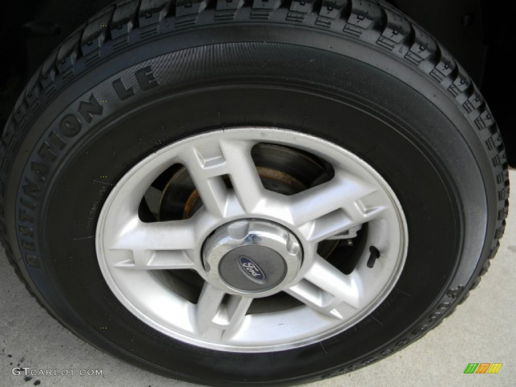 2003 Ford Explorer XLT Wheel Photo #60165381