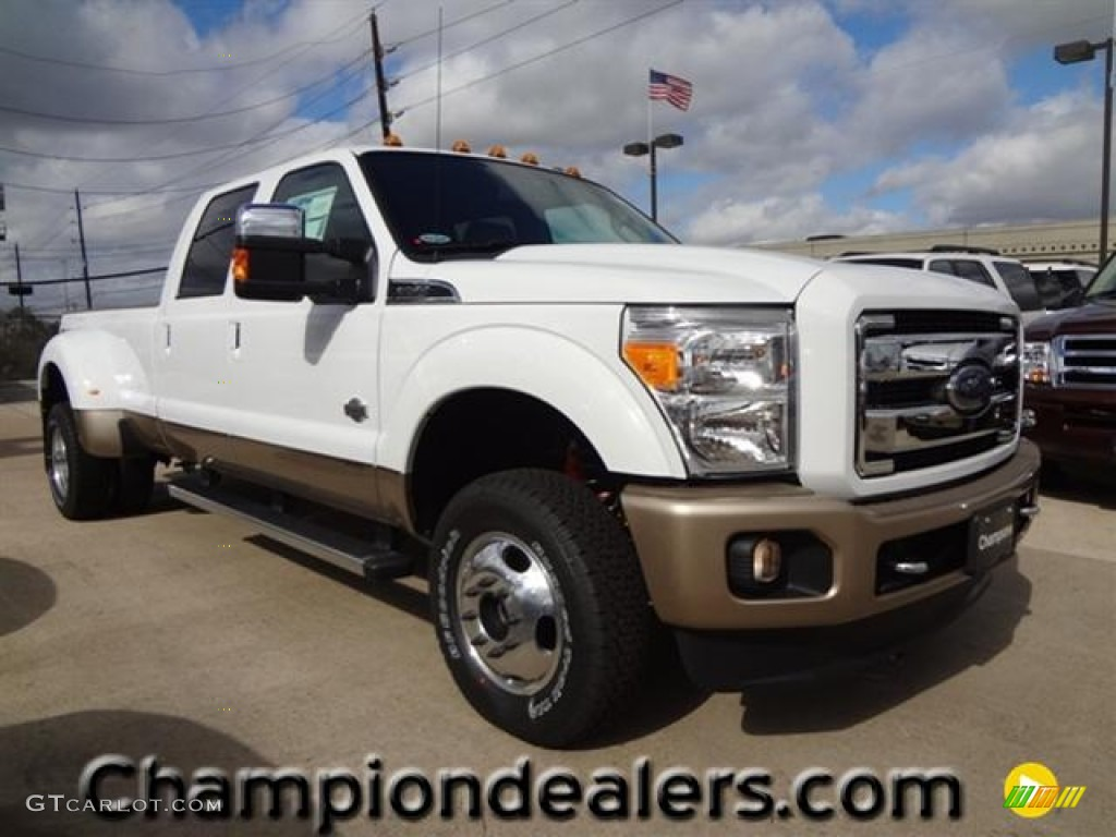 2012 oxford white ford f350 super duty king ranch crew cab 4x4 dually 60181371. Black Bedroom Furniture Sets. Home Design Ideas