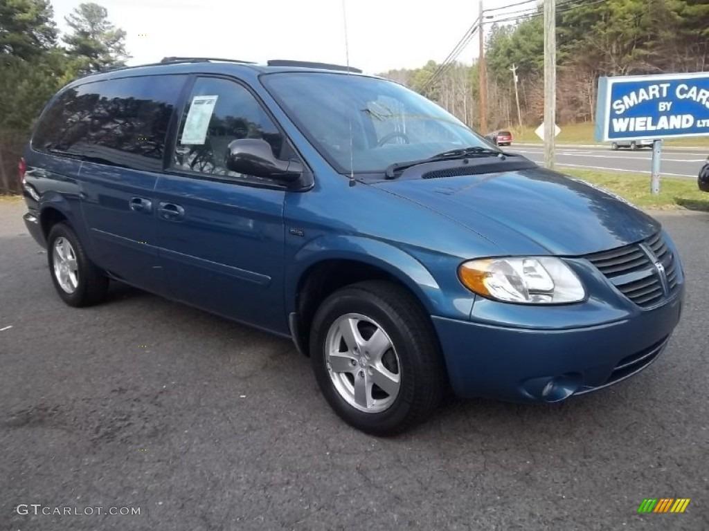 2006 Atlantic Blue Pearl Dodge Grand Caravan SXT #60181449 Photo #3 ...