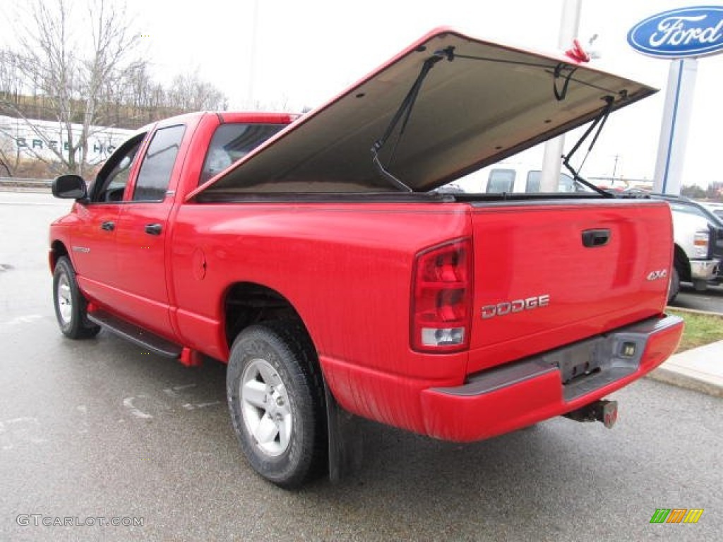 2002 Ram 1500 SLT Quad Cab 4x4 - Flame Red / Dark Slate Gray photo #6