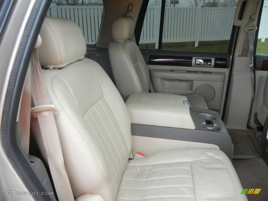 2004 lincoln navigator ultimate interior photo 60402830. Black Bedroom Furniture Sets. Home Design Ideas