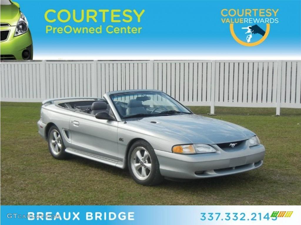 1995 Silver Metallic Ford Mustang GT Convertible 60379332