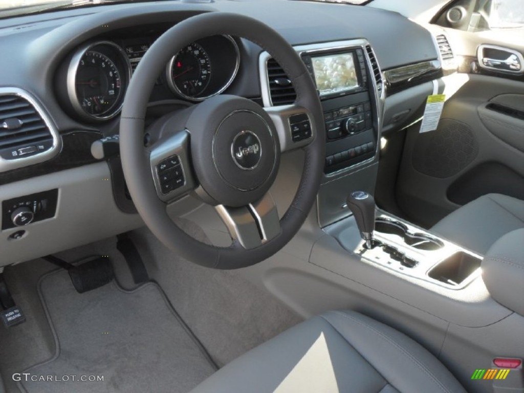 2012 jeep grand cherokee laredo x package interior photo 60439157. Black Bedroom Furniture Sets. Home Design Ideas