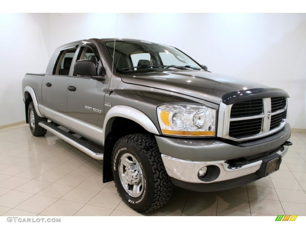 2006 Ram 1500 Laramie Mega Cab 4x4 - Mineral Gray Metallic / Medium Slate Gray photo #1