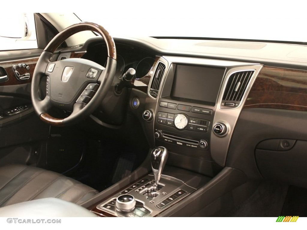 2011 Hyundai Equus Signature Jet Black Dashboard Photo