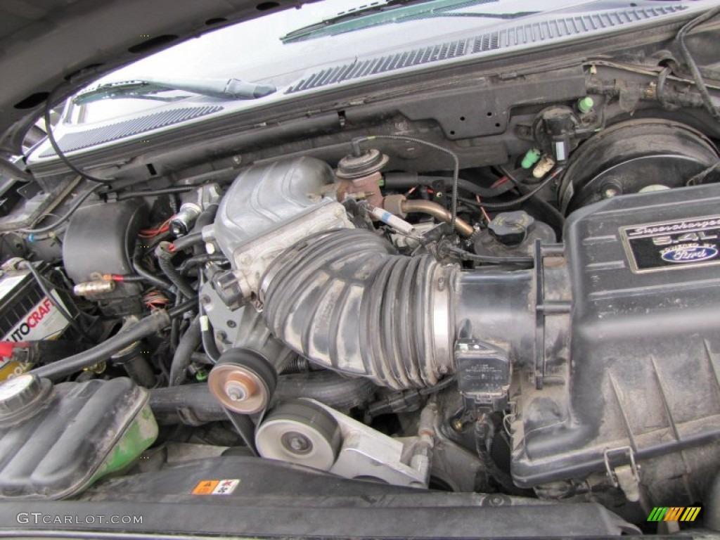 Motor 5.4 Ford Triton >> 2002 Ford F150 Harley-Davidson SuperCrew 5.4 Liter SVT Supercharged SOHC 16-Valve Triton V8 ...