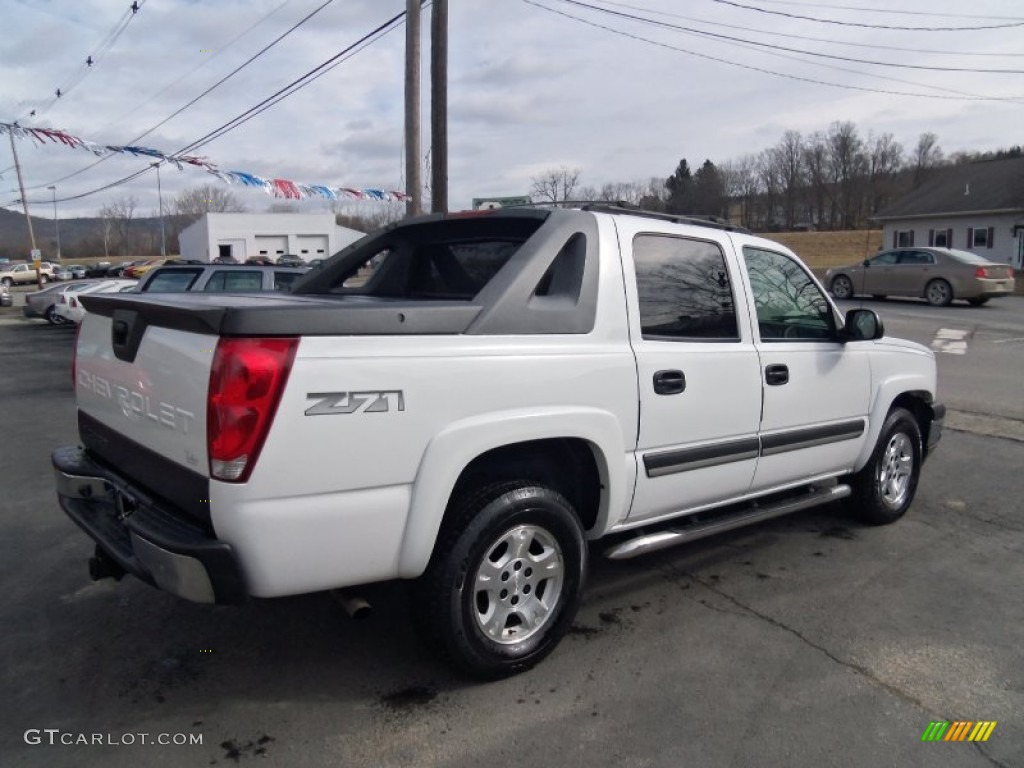 summit white 2005 chevrolet avalanche z71 4x4 exterior. Black Bedroom Furniture Sets. Home Design Ideas