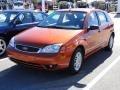 2005 Blazing Copper Metallic Ford Focus ZX5 SE Hatchback  photo #36