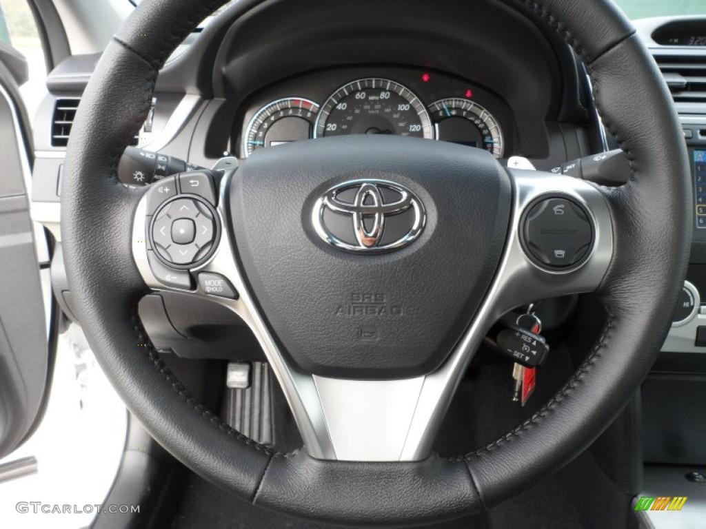 2012 Toyota Camry Wheels 2012 Toyota Camry se Black/ash