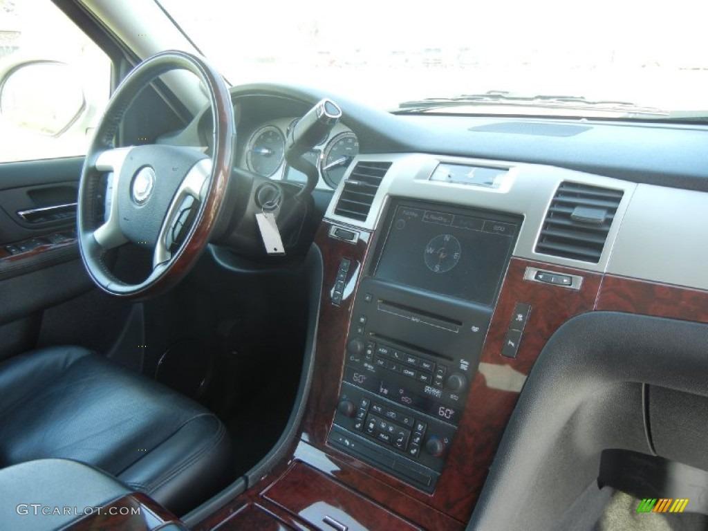 2010 white diamond cadillac escalade awd 60753128 photo 6 car color galleries for Cadillac escalade interior colors
