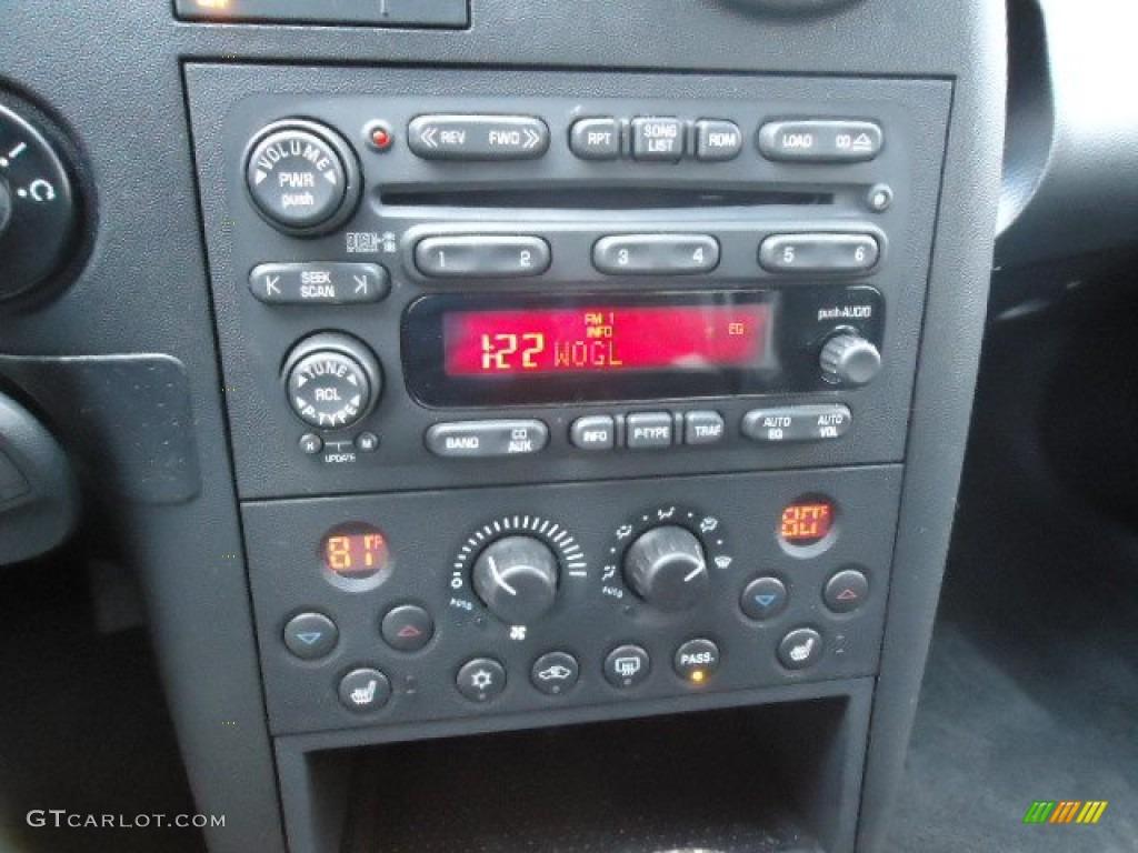 2006 Pontiac Grand Prix GXP Sedan Controls Photo #60794738