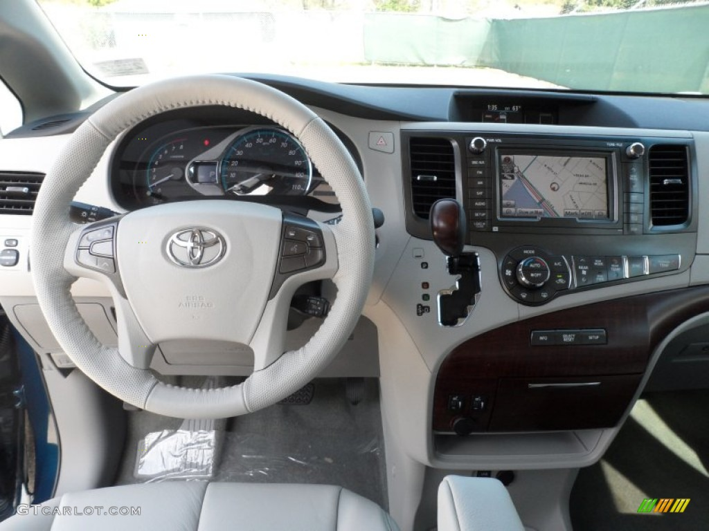 2014 toyota rav4 xle owners manual