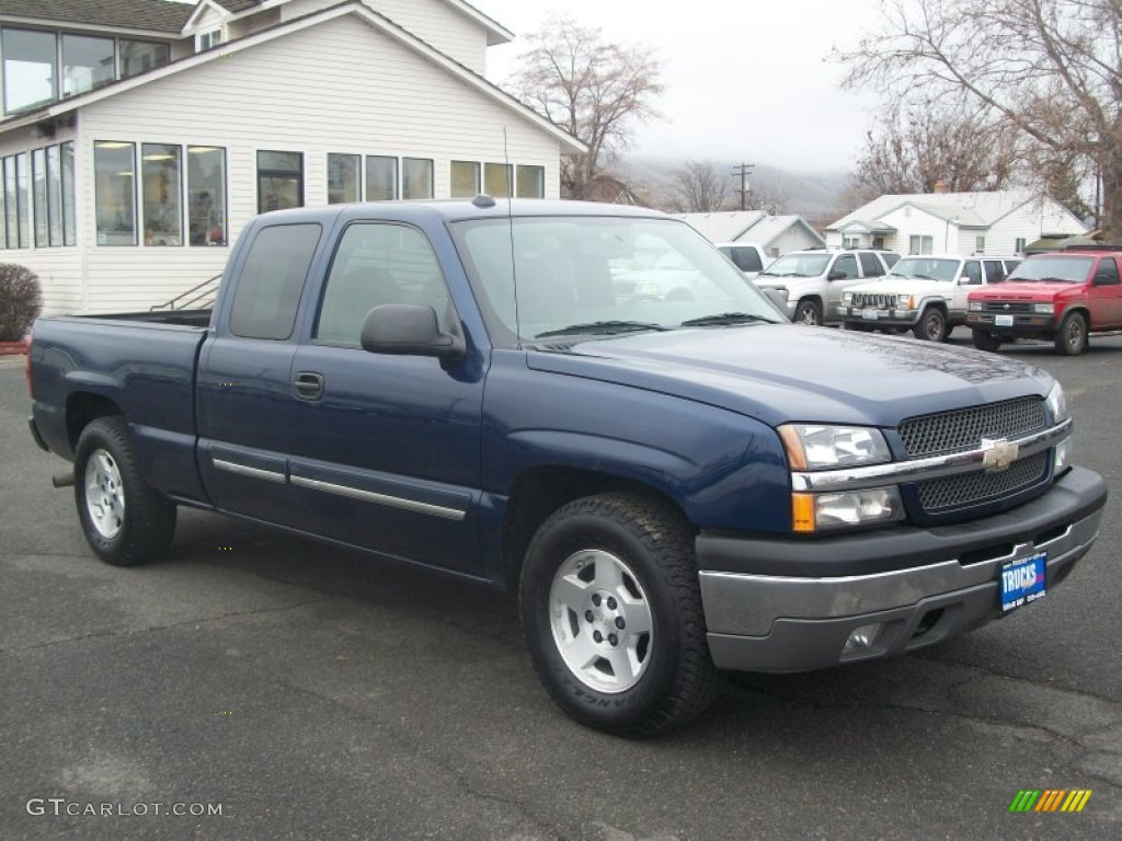 2004 dark blue metallic chevrolet silverado 1500 ls. Black Bedroom Furniture Sets. Home Design Ideas