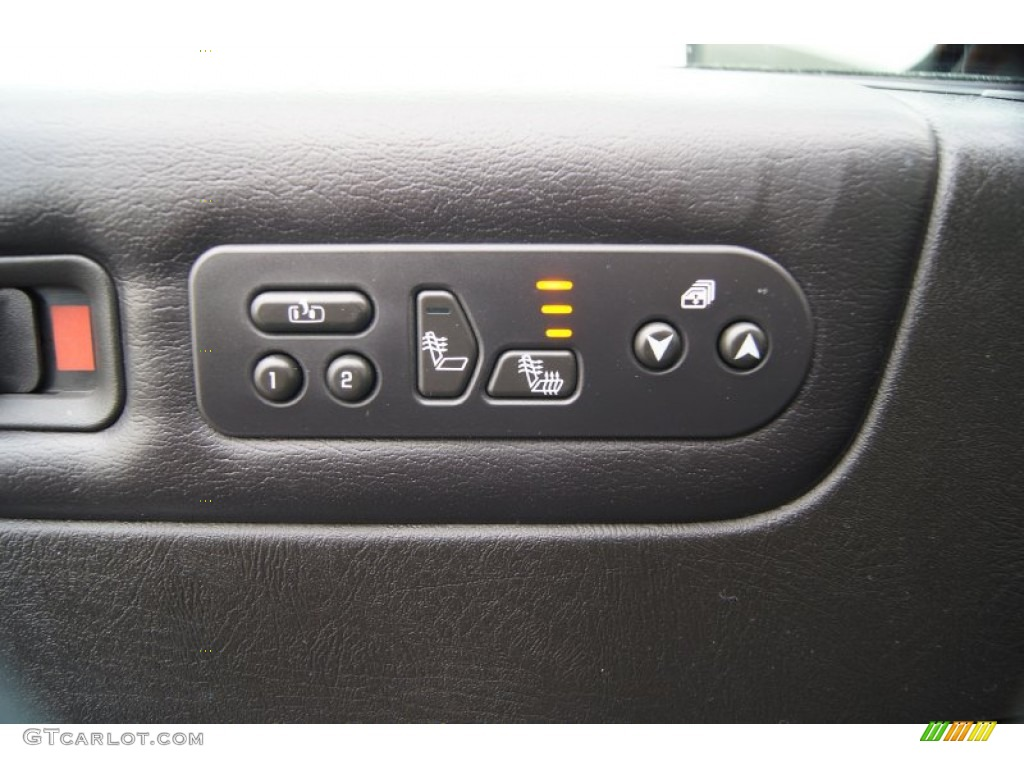 2006 Hummer H2 SUV Controls Photo #60937626
