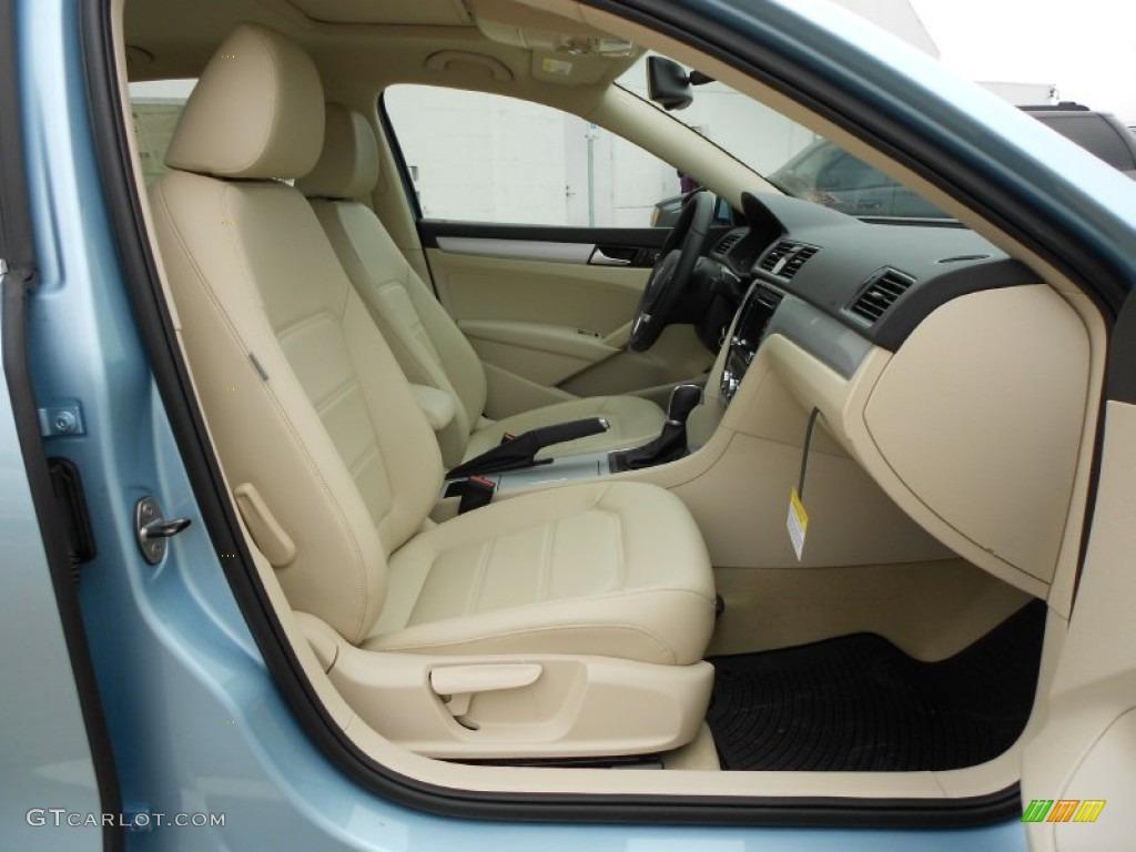 Cornsilk beige interior 2012 volkswagen passat 2 5l se photo 60990208 for Volkswagen passat 2000 interior