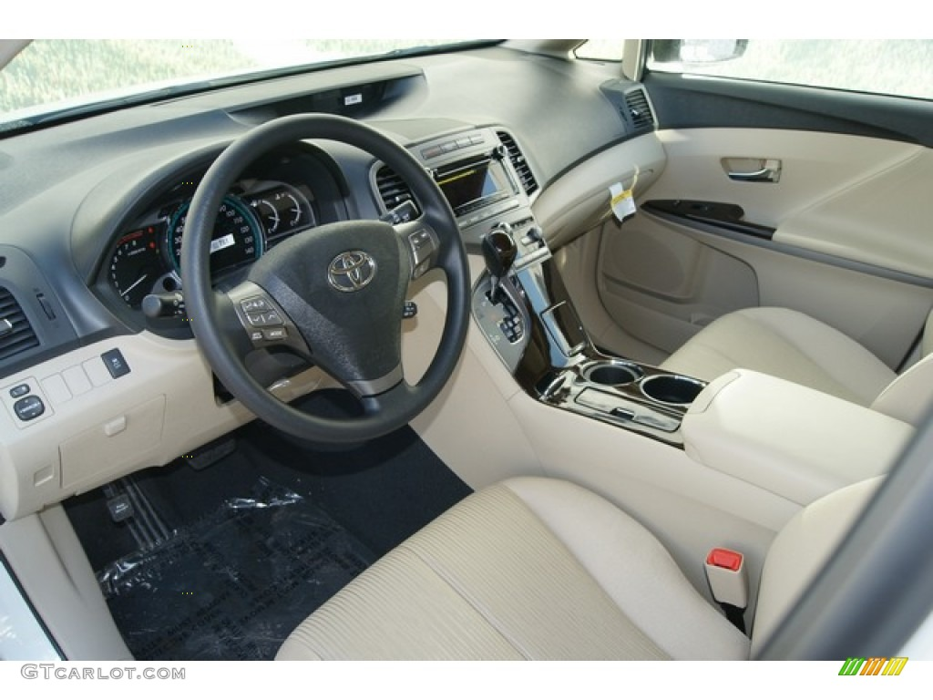 Ivory Interior 2012 Toyota Venza LE Photo #61009567