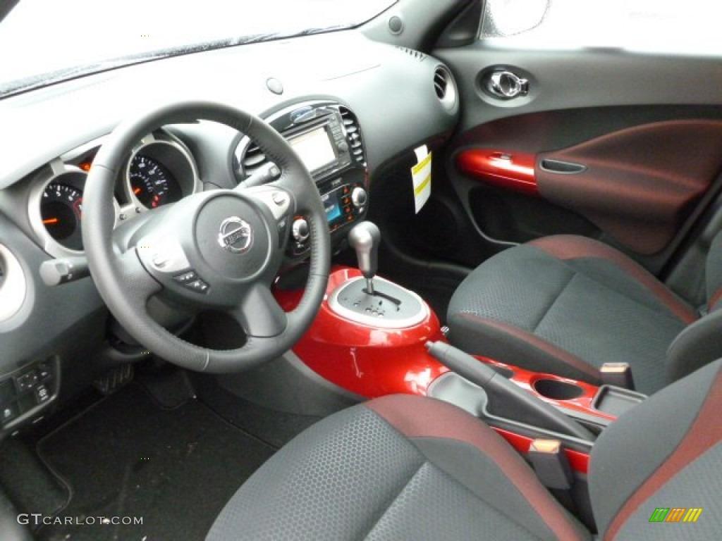 black red red trim interior 2012 nissan juke sv awd photo 61019011. Black Bedroom Furniture Sets. Home Design Ideas