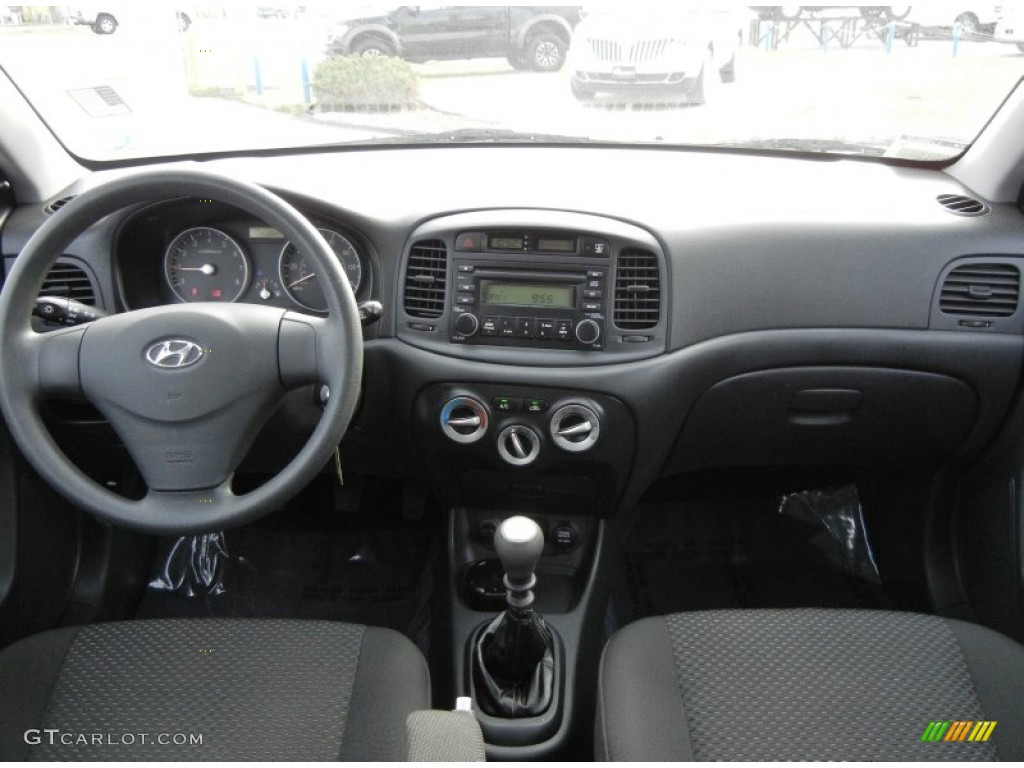 2007 Hyundai Accent Gs Coupe Black Dashboard Photo