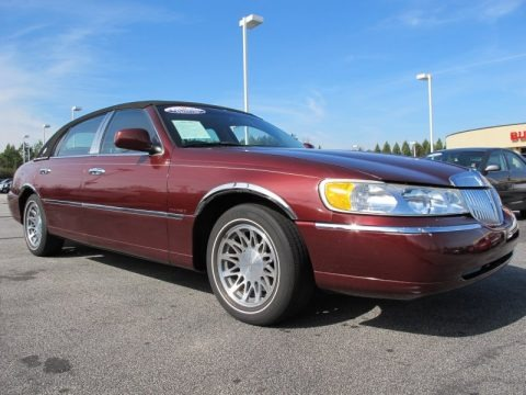 2001 lincoln town car data info and specs. Black Bedroom Furniture Sets. Home Design Ideas