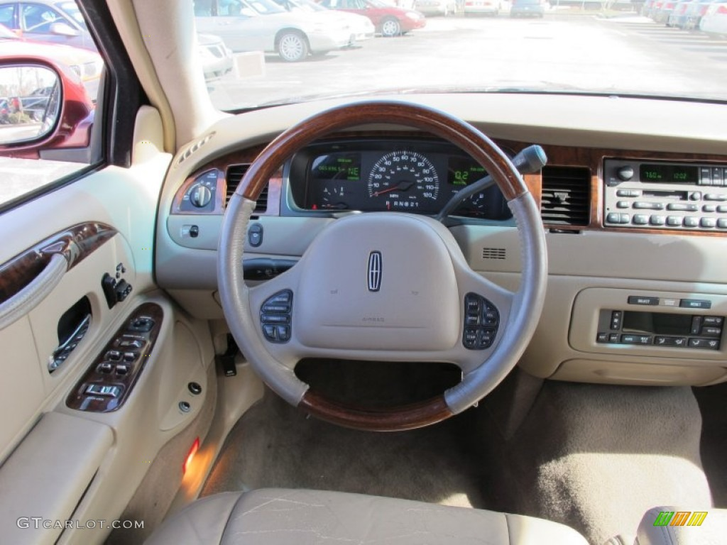 2001 lincoln town car presidential light parchment steering wheel photo 61042861. Black Bedroom Furniture Sets. Home Design Ideas