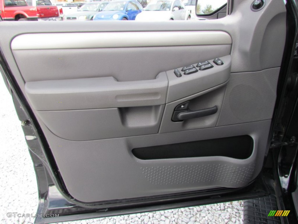 2003 ford explorer xlt 4x4 graphite grey door panel photo. Black Bedroom Furniture Sets. Home Design Ideas