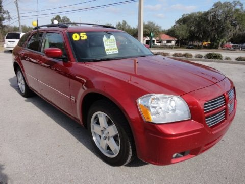 2005 dodge magnum r t awd data info and specs. Black Bedroom Furniture Sets. Home Design Ideas
