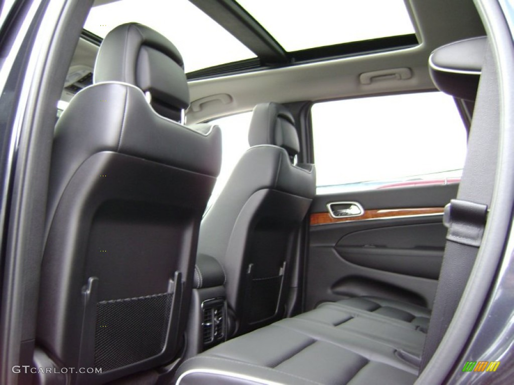 black interior 2012 jeep grand cherokee overland 4x4 photo 61148132. Black Bedroom Furniture Sets. Home Design Ideas