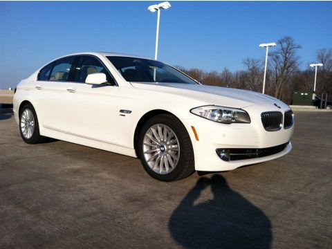 2012 bmw 5 series 535i xdrive sedan data info and specs. Black Bedroom Furniture Sets. Home Design Ideas