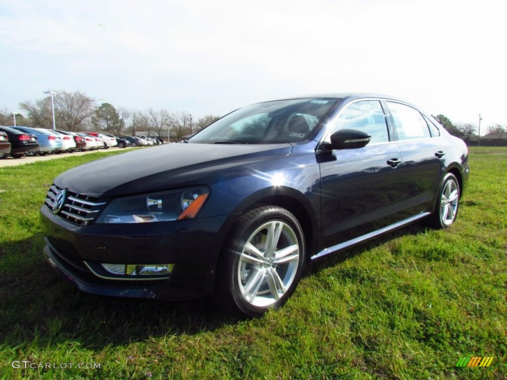 2012 night blue metallic volkswagen passat v6 se 61112953. Black Bedroom Furniture Sets. Home Design Ideas