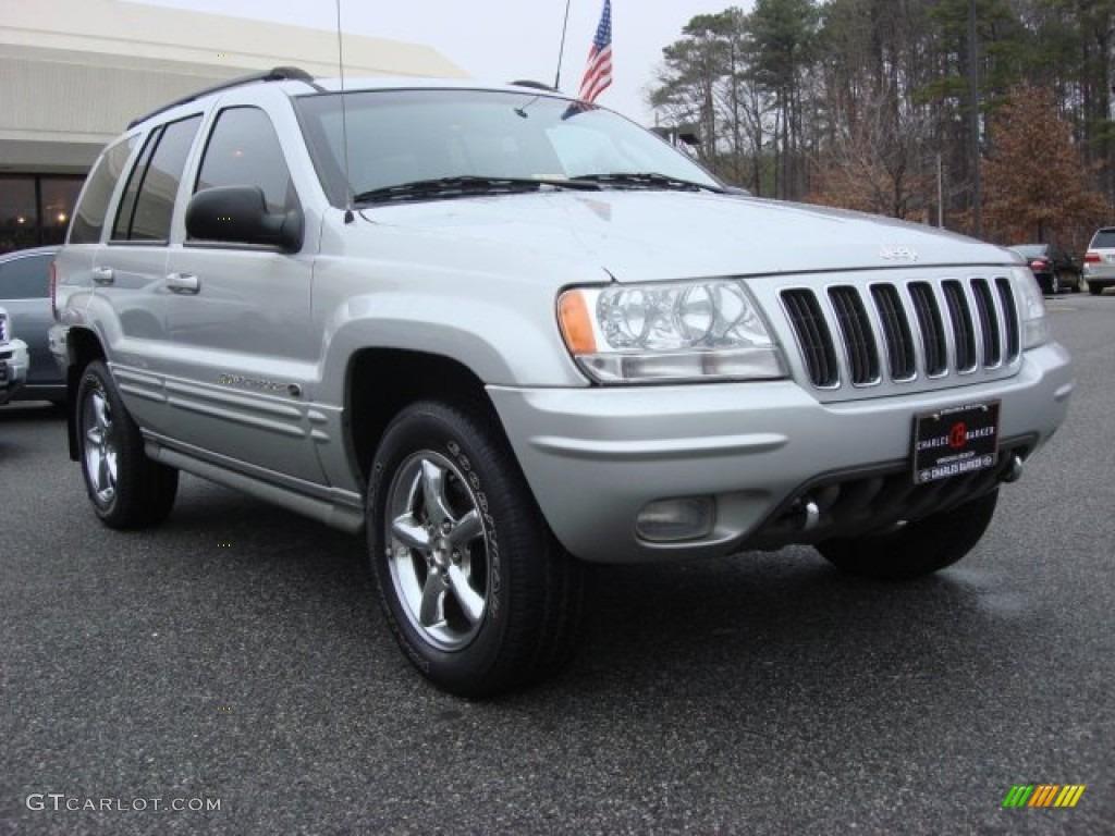 2002 bright silver metallic jeep grand cherokee overland 4x4 61241669 car. Black Bedroom Furniture Sets. Home Design Ideas