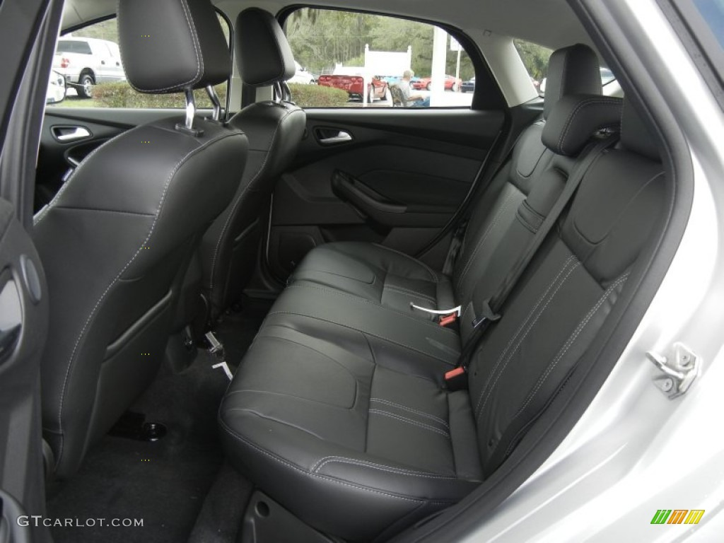 Charcoal Black Leather...2009 Ford Focus Sel Specs