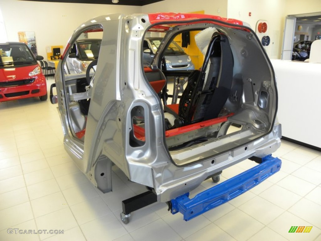 2011 Smart fortwo passion coupe Frame Structure of a Smart car Photo ...