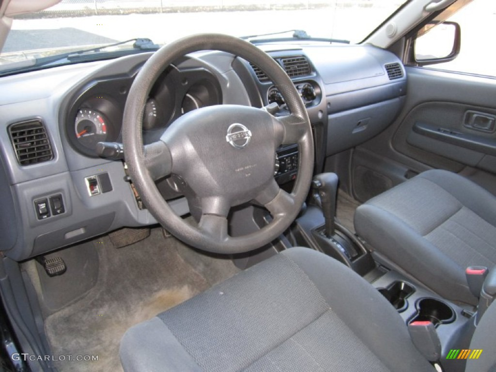 Gray Interior 2003 Nissan Frontier Xe V6 Crew Cab 4x4 Photo 61387179
