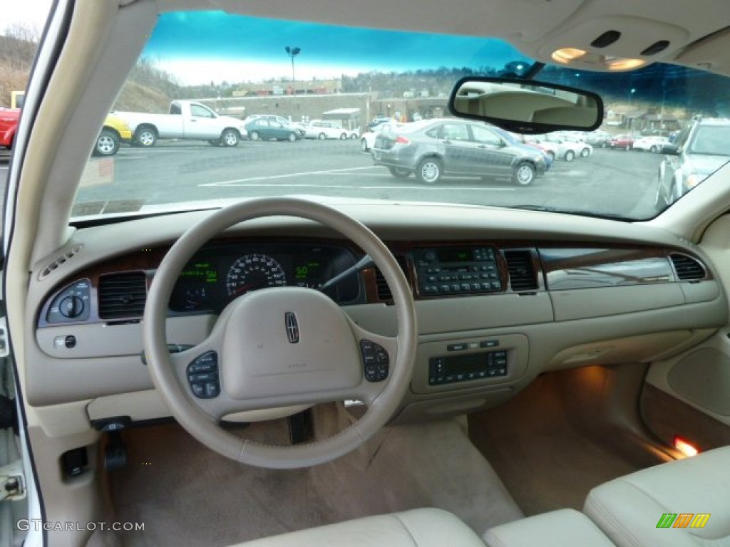 2000 lincoln town car signature dashboard photos. Black Bedroom Furniture Sets. Home Design Ideas