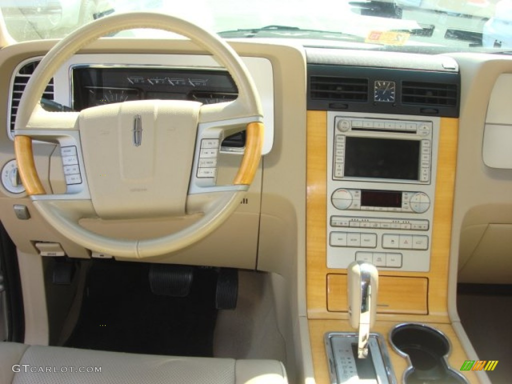 2007 Lincoln Navigator Ultimate 4x4 Camel Dashboard Photo #61468950