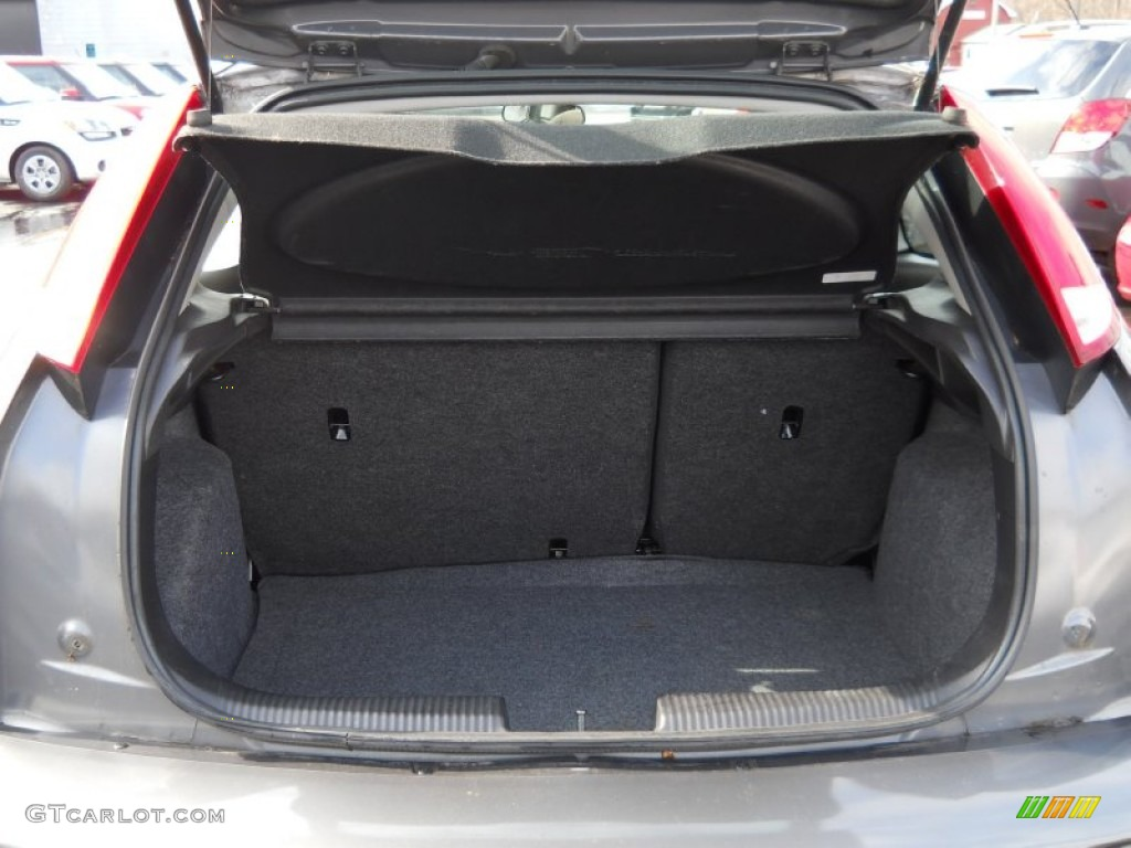 2006 ford focus zx3 se hatchback trunk photo 61482300. Black Bedroom Furniture Sets. Home Design Ideas