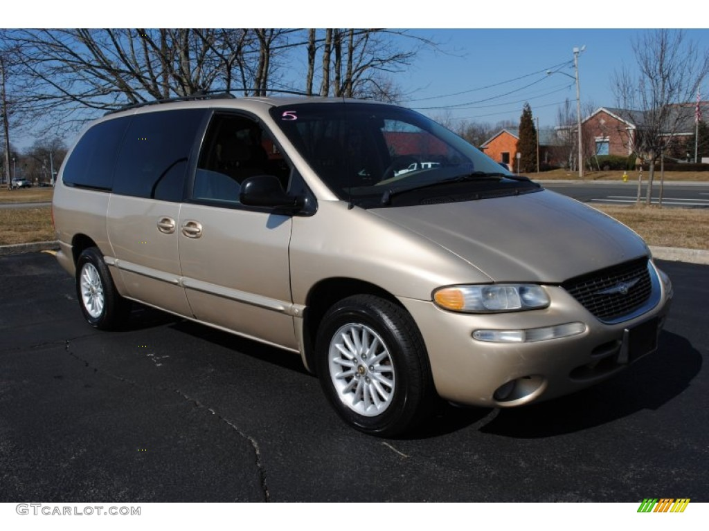 Champagne Pearl 2000 Chrysler Town Amp Country Lx Exterior
