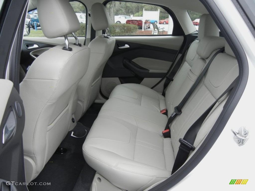 2012 Focus SEL 5-Door - White Platinum Tricoat Metallic / Stone photo #6