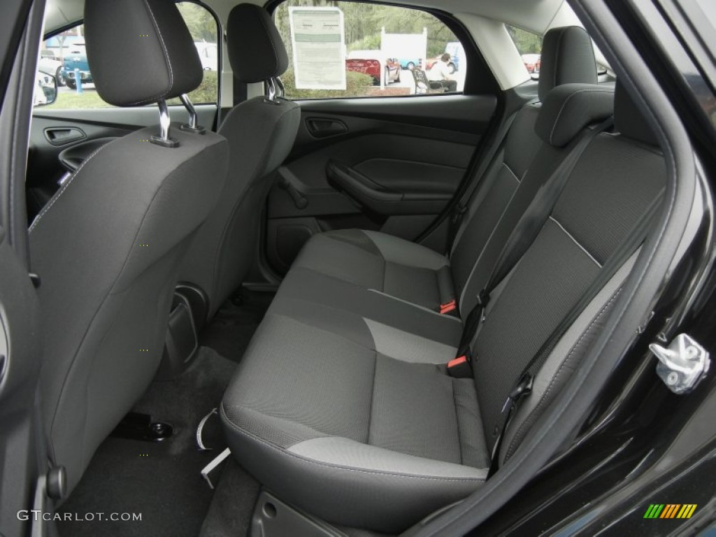 2012 Focus S Sedan - Tuxedo Black Metallic / Charcoal Black photo #6