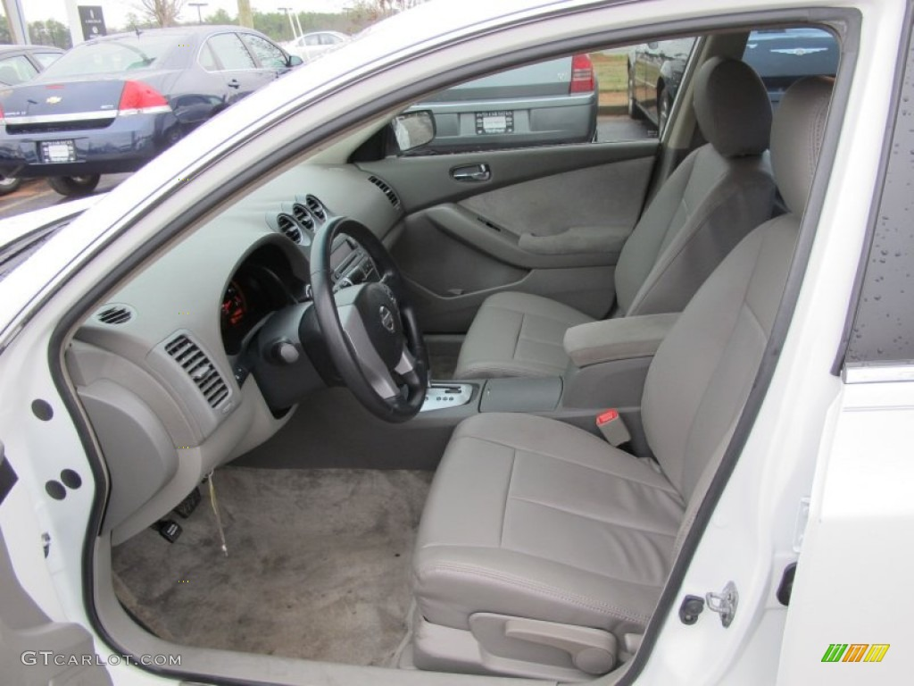 Blond Interior 2007 Nissan Altima 2.5 S Photo #61671879