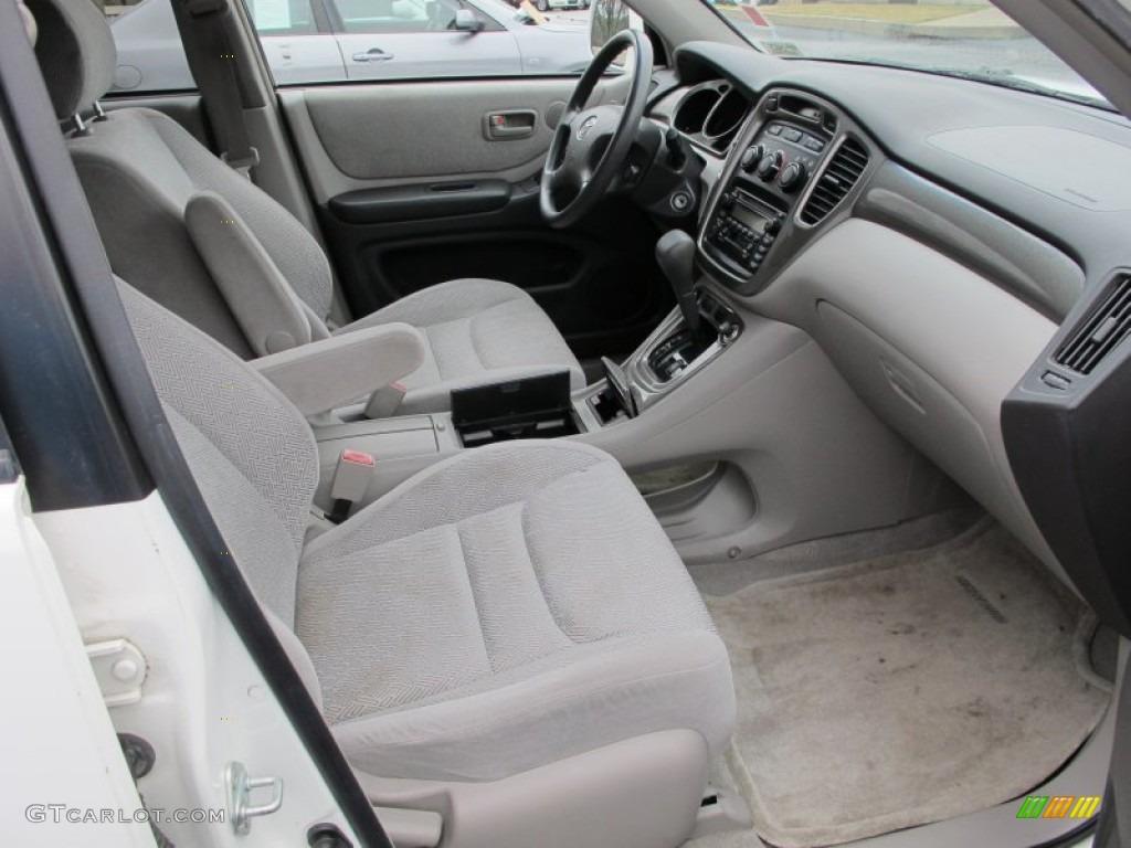 2003 Toyota Highlander I4 Interior Photos