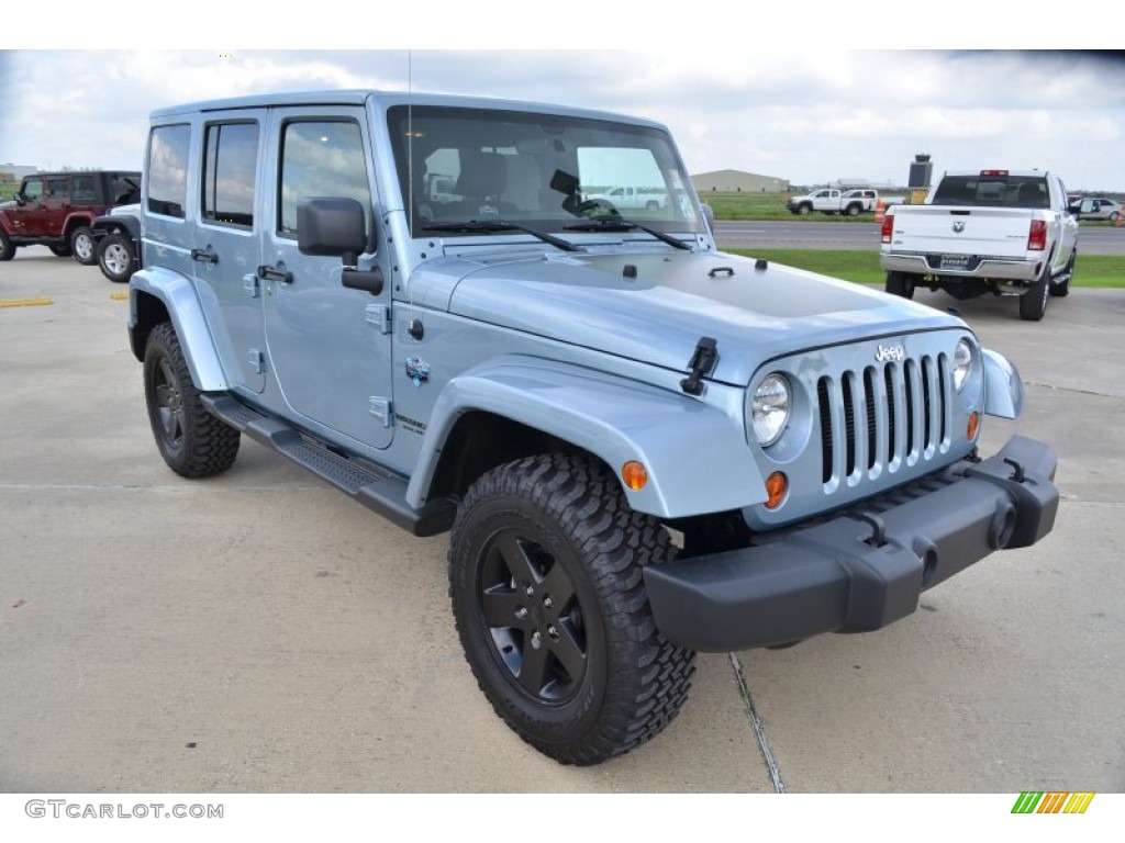 Winter chill metallic 2012 jeep wrangler unlimited sahara arctic edition 4x4 exterior photo 61874803