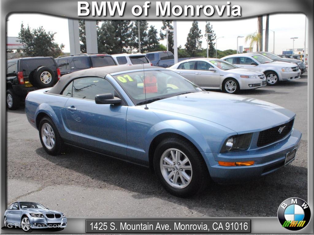 2007 Mustang V6 Deluxe Convertible - Windveil Blue Metallic / Light Graphite photo #1