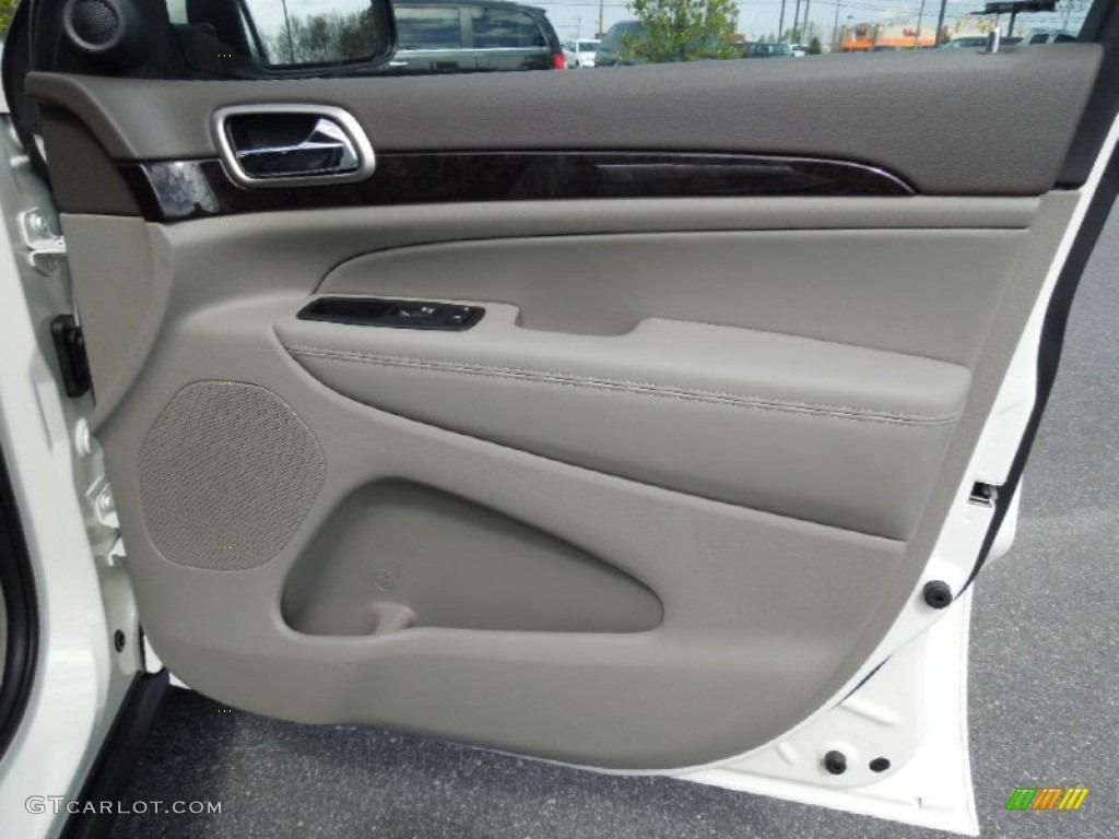 2012 Jeep Grand Cherokee Laredo X Package 4x4 Door Panel Photos