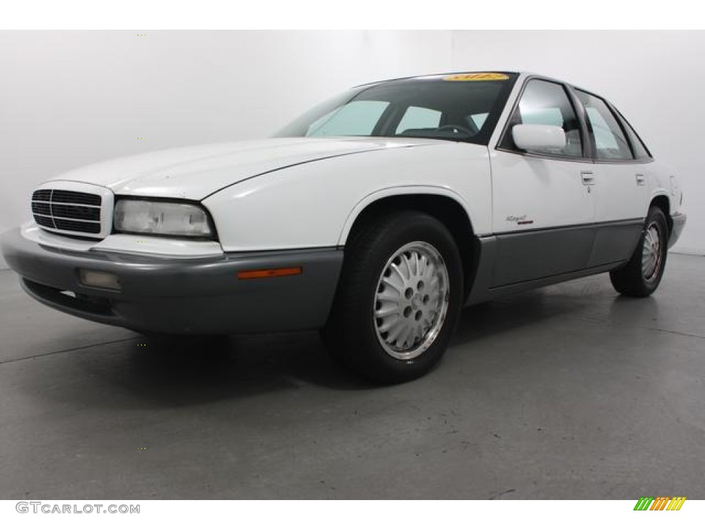 1996 bright white buick regal gran sport sedan 62035969 car color galleries. Black Bedroom Furniture Sets. Home Design Ideas